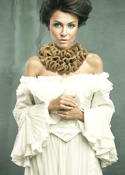 Ruffle Scarf Knitting Pattern : VADIS designs